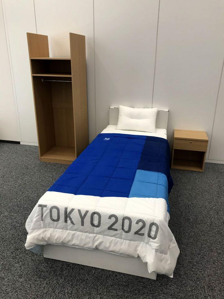 , Los atletas de Tokio 2020 advirtieron que las camas de cartón en la villa olímpica no admitirán tríos … pero el sexo con una pareja está bien, Noticia Sport