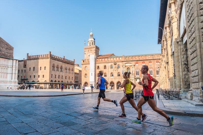 Bolonia Maratón 2020, baberos agotados para el gran regreso