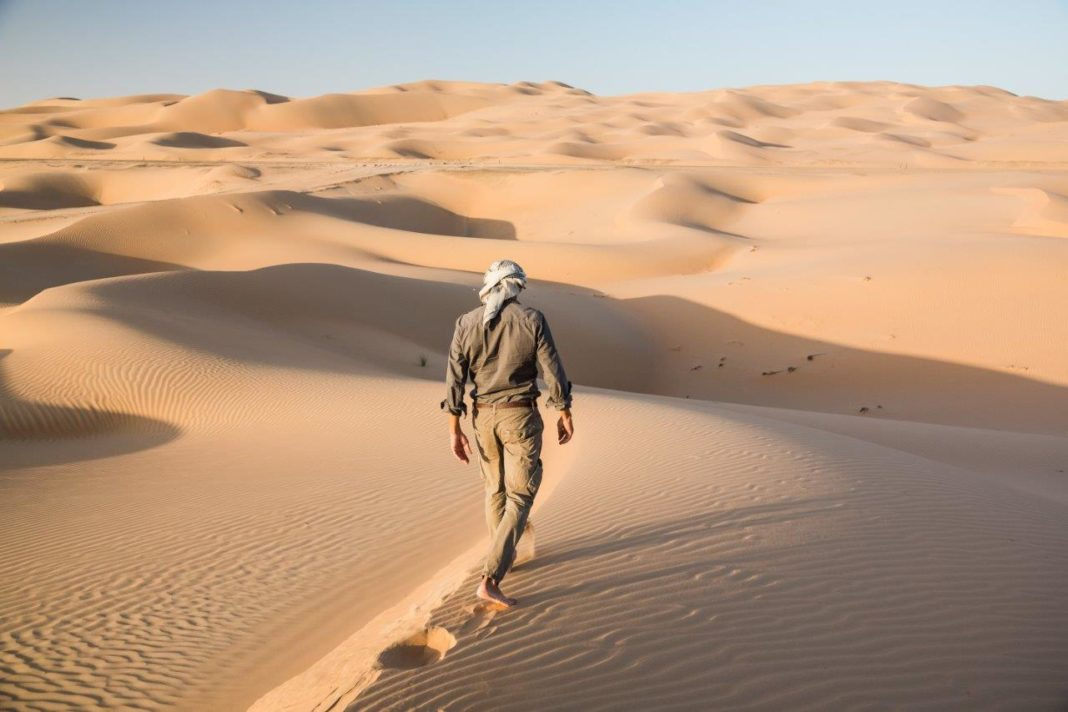 Calderan desafía el desierto inexplorado: comienza la aventura en el barrio vacío