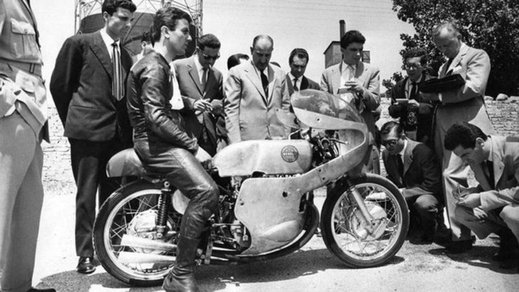, MotoGP, el ritual de las motos nuevas: Benelli «inventó» los primeros espectáculos, Noticia Sport, Noticia Sport