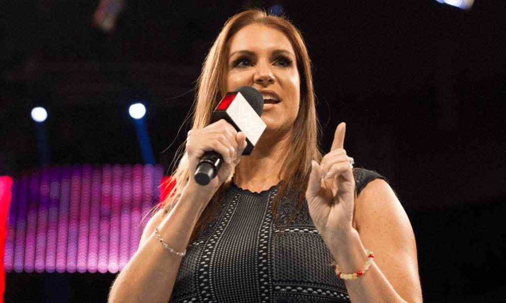 Stephanie McMahon comentó sobre las precauciones de la WWE durante un brote de coronavirus