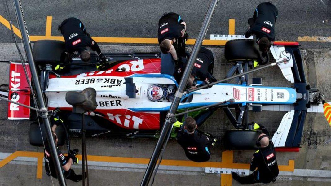 F1, Williams suspende a los empleados y reduce los salarios de los conductores -