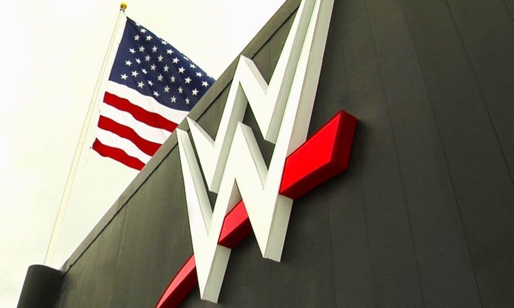 La moral de la oficina de la WWE es sin precedentes baja, los luchadores y los empleados están preocupados por lanzar más juegos