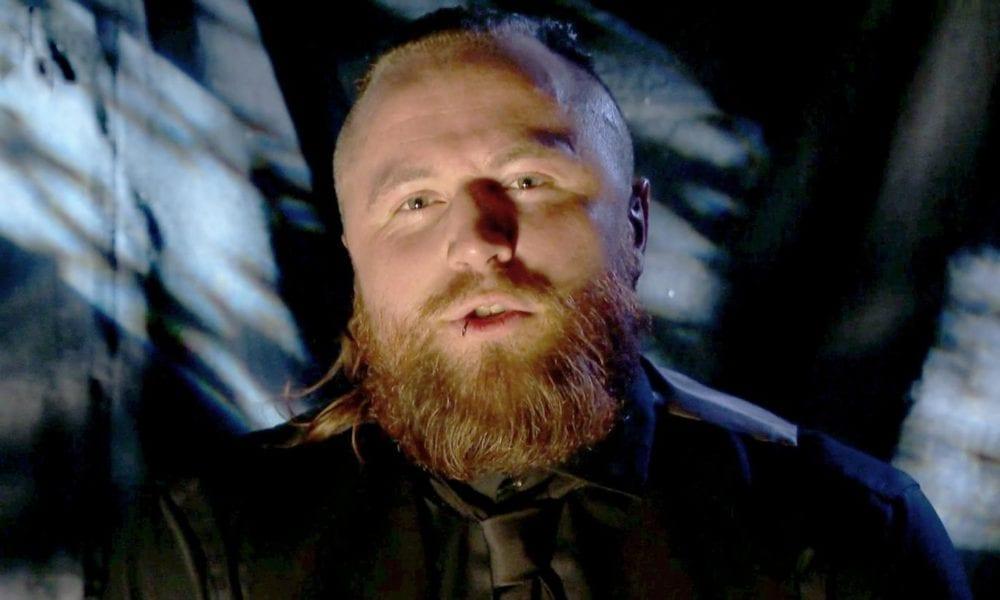 Aleister Black (Aleister Black) Hasta ahora, ¿qué piensa él de la reserva de WWE?