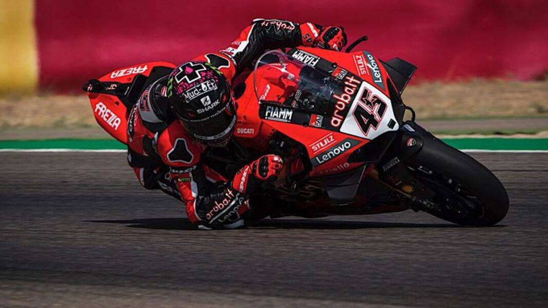 Carrera-1 en Aragón, Redding gana.  Ducati doble