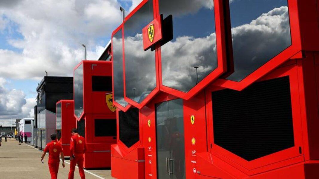 Primeras aperturas: las autocaravanas del equipo vuelven al paddock de Spa