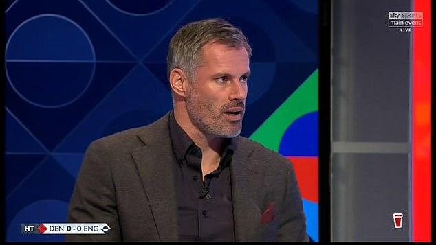 Jamie Carragher cree que pueden tener dificultades para ganar una convocatoria para el próximo equipo de los Tres Leones