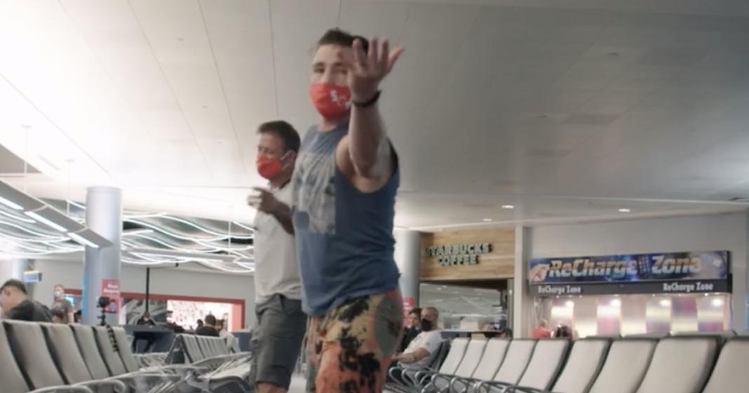 Video: UFC 253 Embedded, Episodio 1: