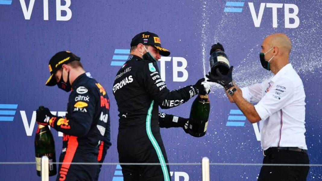 En Rusia Bottas de 8. Verstappen solo enchufe para Mercedes