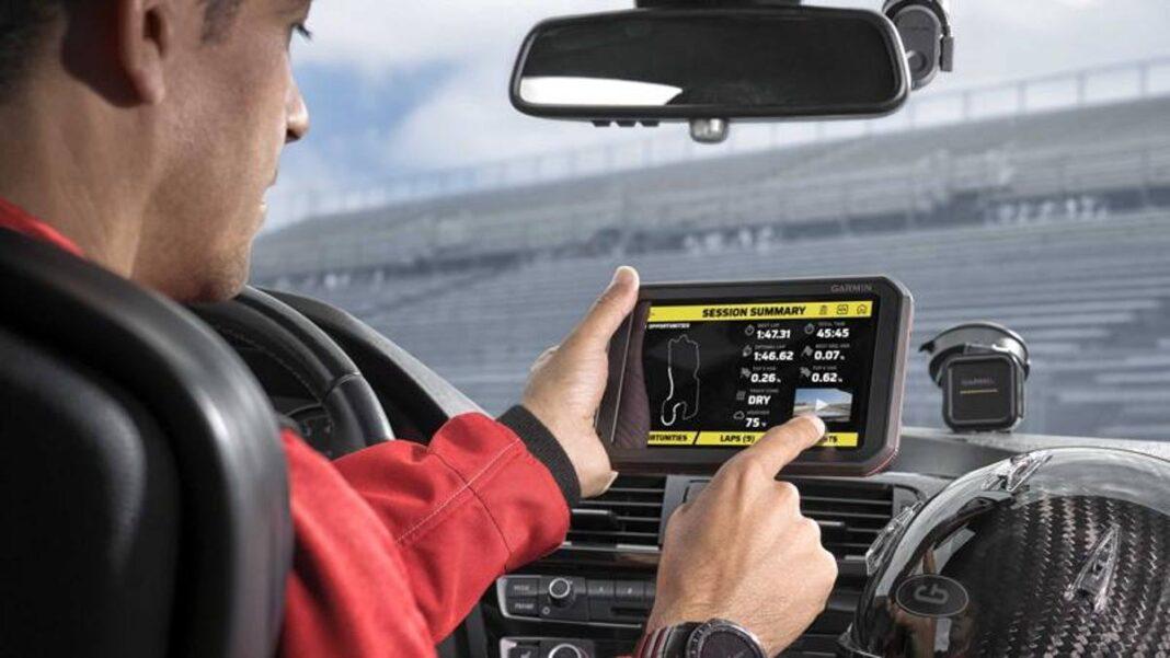 Garmin, aquí está el dispositivo portátil que mejora el rendimiento en pista de un conductor