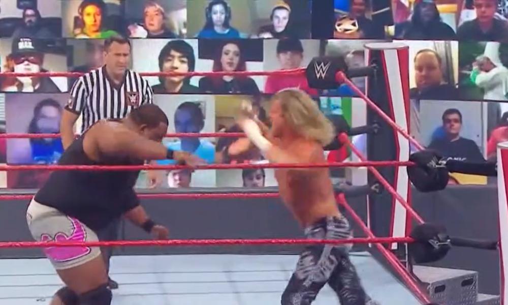 Los fanáticos de WWE ThunderDome tocaron un video tributo a KKK / Hitler en el festival de música original