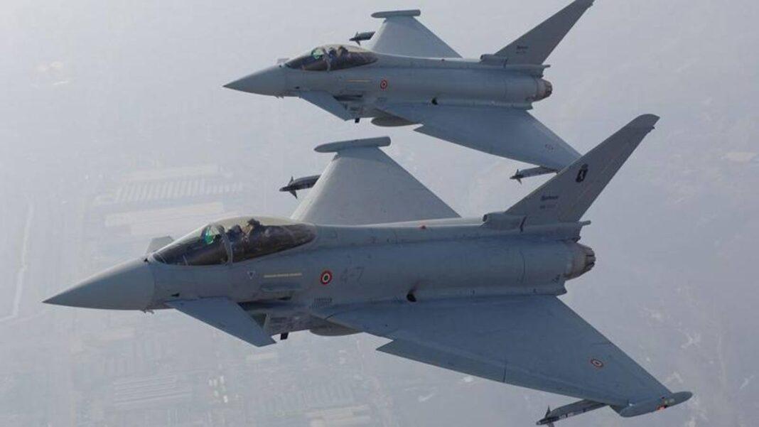 Mugello, los Eurofighter Typhoons sobrevuelan el circuito: el vídeo a bordo