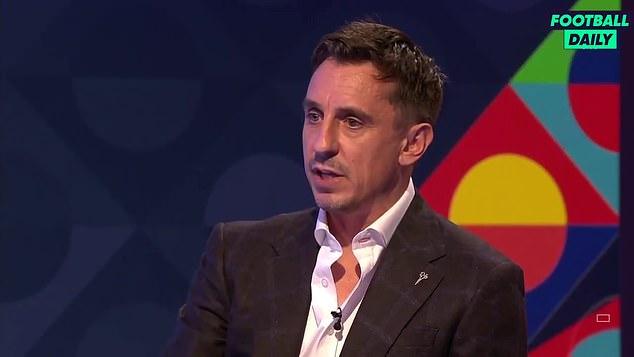 Gary Neville ha defendido a Mason Greenwood y Phil Foden tras su saga hotelera en Islandia