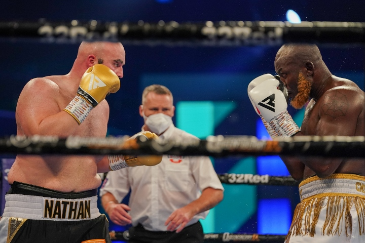 , Fotos: Nathan Gorman regresa, decisiones Lartey sobre diez, Noticia Sport