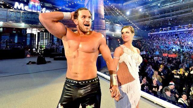 Arn Anderson explica por qué la pareja de baile de Fandango desapareció de WWE TV