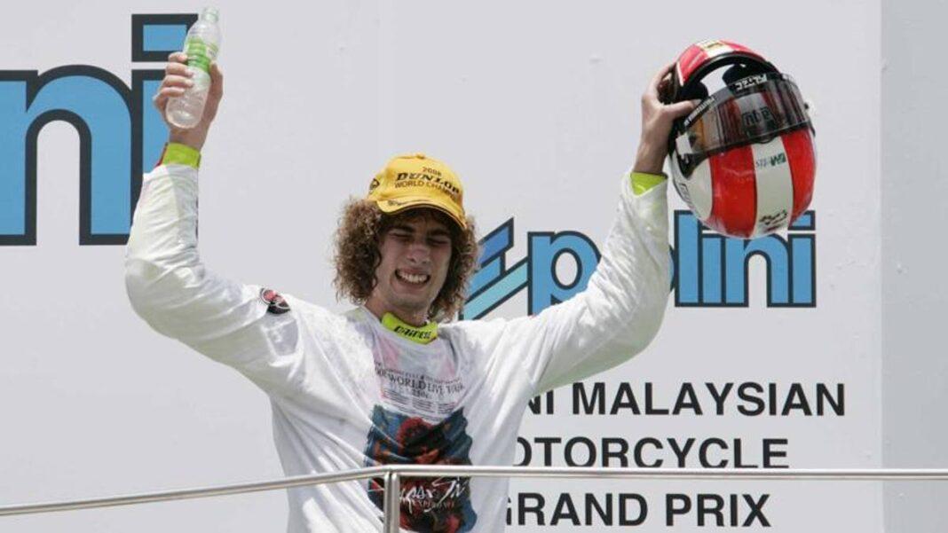 Campeonato del Mundo, hace 12 años el título de Simoncelli en la Gilera en 250