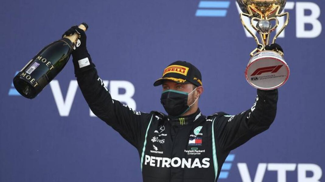 La dura vida de Bottas con Hamilton en el garaje: