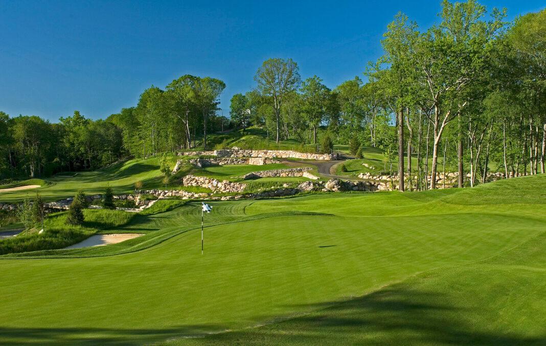 Un cuento americano |  Puesto de golf global