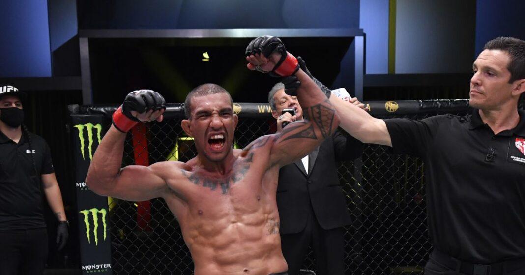Con la partida de Raphael Assuncao, se espera que Raoni Barcelos se encuentre con el recién llegado Marcelo Rojo en UFC Vegas 20