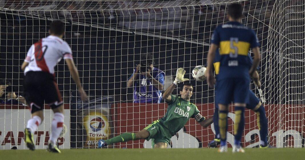 'Gracias a Dios por todos nosotros' - el ex arquero de River Plate en su tiro de penalti en la semifinal de la Copa Sudamericana 2014 contra Boca Juniors
