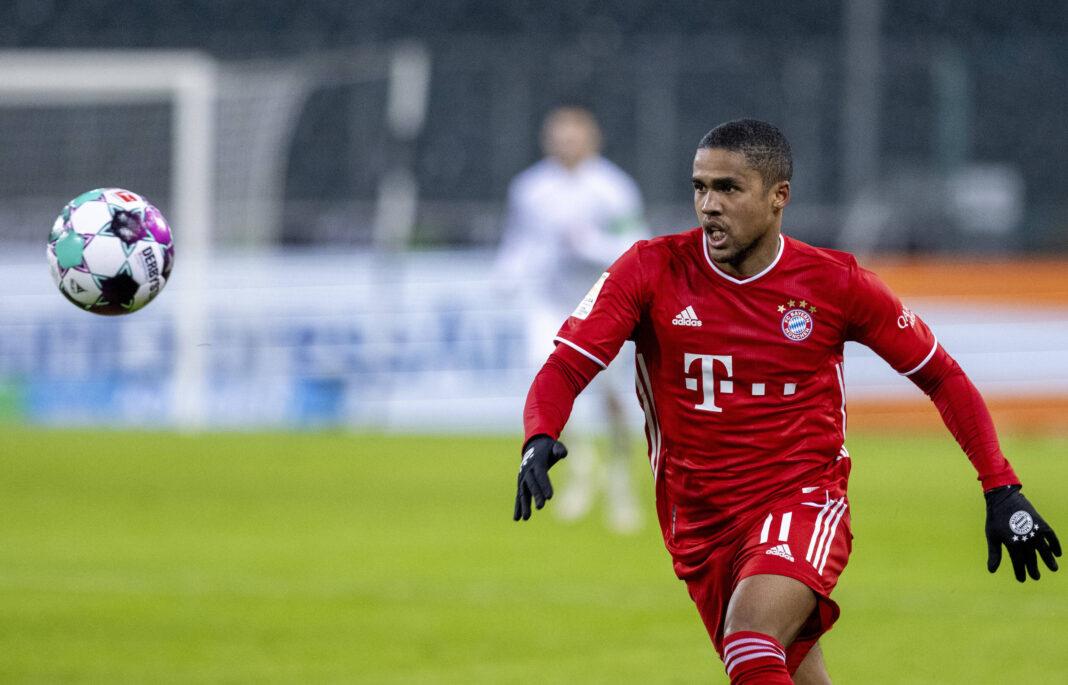 El director del club revela planes para perseguir al delantero de la Juventus Douglas Costa, ya que es poco probable que se quede en el Bayern
