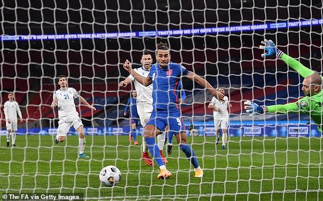Dominic Calvert-Lewin marcó dos goles para Inglaterra en la victoria por 5-0 en Wembley