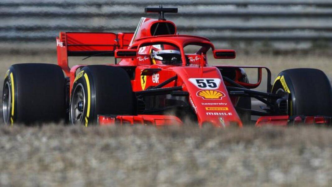 F1, Sainz estudia como piloto de Ferrari con la autobiografía de Enzo Ferrari