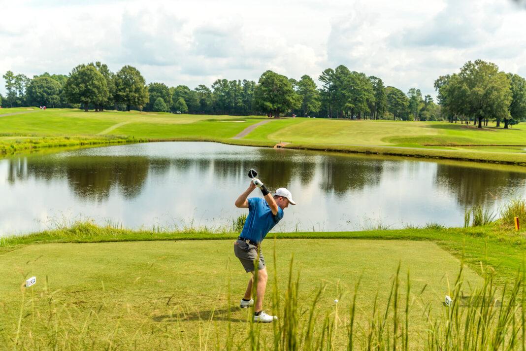 Historia de dos campeones |  Puesto de golf global