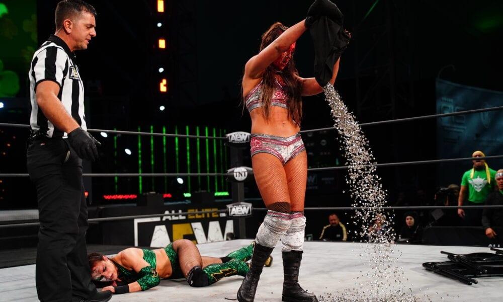 Las calificaciones de AEW Dynamite aumentan debido a los apagones de mujeres no aprobados, WWE NXT