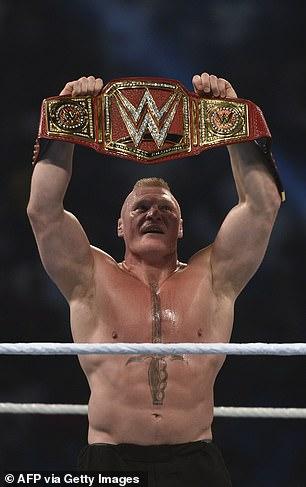 Brock Lesnar trabajó anteriormente en WWE y UFC.