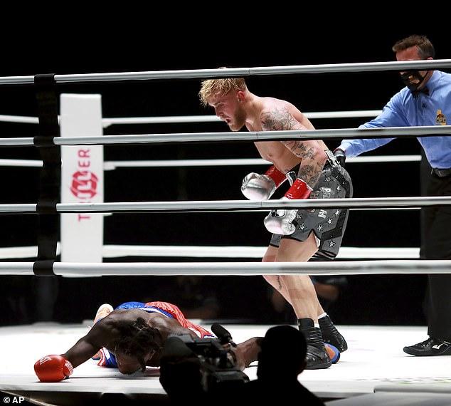 Jake, 24, Logan rechazó las credenciales de boxeo, pero su hermano dice que la pelea será grande