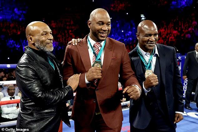 Tyson quiere enfrentarse a Lennox Lewis (centro) y Evander Holyfield (derecha) este año