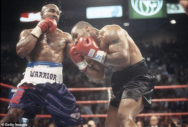 Holyfield derrotó a Tyson dos veces y aún no se ha acordado un contrato para una tercera pelea