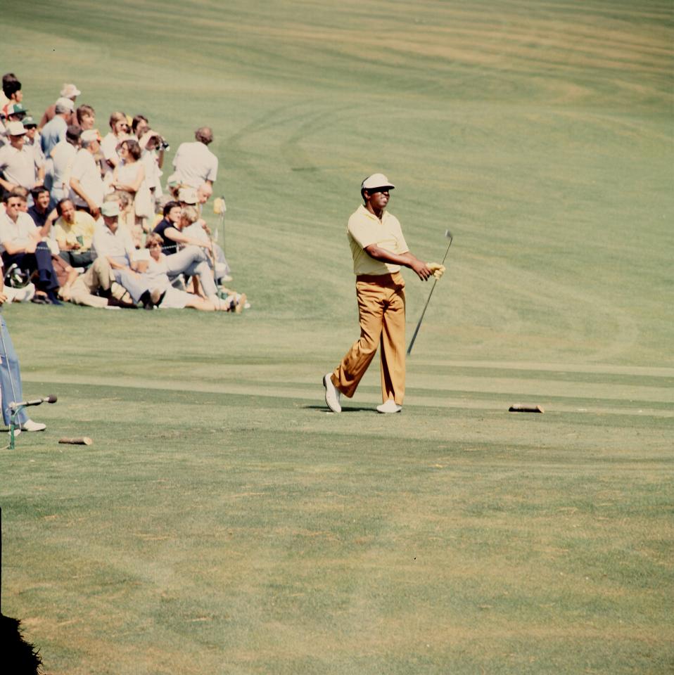 Elder ganó cuatro veces en el PGA Tour, incluido el título del Monsanto Open de 1974 que le valió una invitación al Masters al año siguiente.