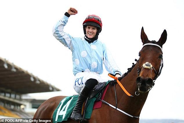 Al ganar en Cheltenham, Blackmore fue comparable en montar al legendario Ruby Walsh