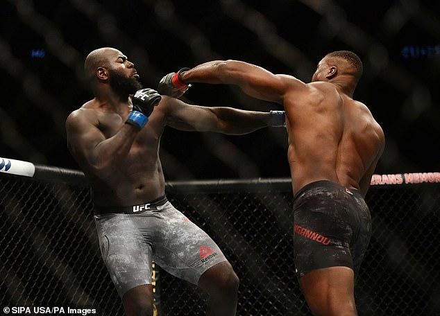 La historia de 34 años es una historia rica y andrajosa, se deshizo de la pobreza en Camerún, sentado al borde del oro de UFC