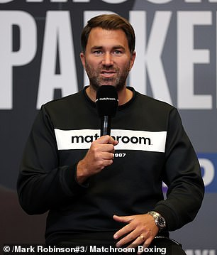 El equipo de Saunders está furioso con el tamaño del anillo que Matchroom Sport, los promotores de la pelea, quieren usar en Dallas.  En la foto aparece el jefe de Matchroom, Eddie Hearn.