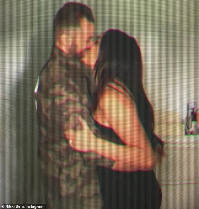¡Alerta TMI!  El 31 de julio, la nueva estrella de Bellas, Nikki Bella (Nikki Bella), cinco semanas después de dar la bienvenida a su primer hijo, Matteo Artemovich, comenzó a tener relaciones sexuales posparto con su prometido Artem Chigvintsev (Figura 9) Como se muestra el 14)