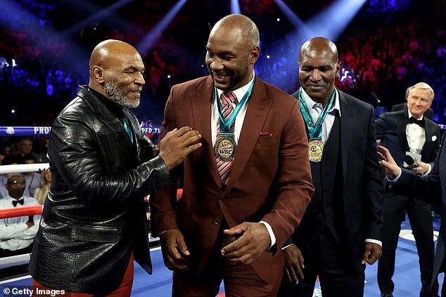 Diecinueve años después, con la pareja en sus 50, Tyson y Lewis podrían pelear de nuevo.