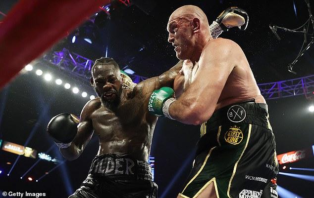A Fury (derecha) se le ha dicho que debe luchar contra Wilder (izquierda) en una pelea de trilogía para septiembre.