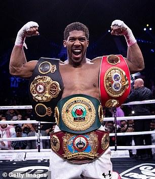 Joshua tiene los títulos mundiales de peso pesado de la AMB, OMB, FIB e IBO