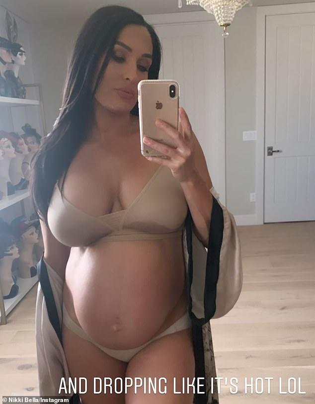 Mamá caliente: Solía ponerse lencería sexy los sábados, cuando la actualizaba en Twitter