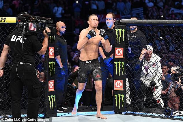 El regreso de Nate Díaz a UFC se retrasó un mes debido a lesiones menores.