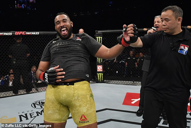 El jugador de peso pesado de UFC Raphael Pessao Nunes ha sido suspendido por dos años