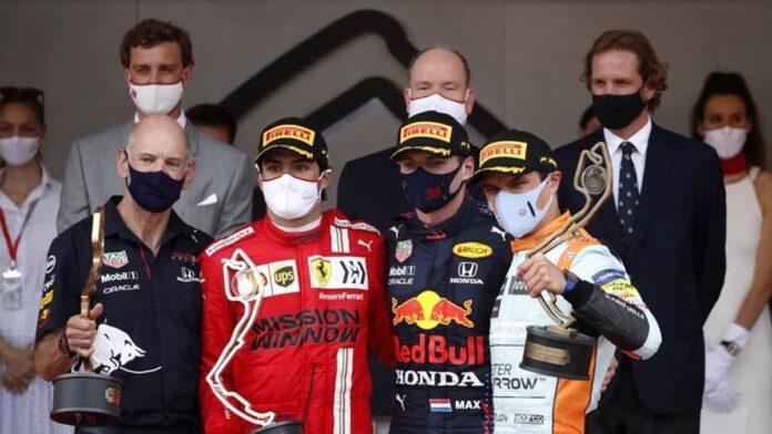 Verstappen, una carrera como un rey, 9. Sainz salva a Ferrari, 9. Mercedes quiebra y obtiene 5