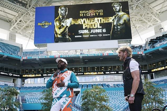 La pareja se enfrentará en Miami el domingo por la noche en una pelea de exhibición sin jueces.