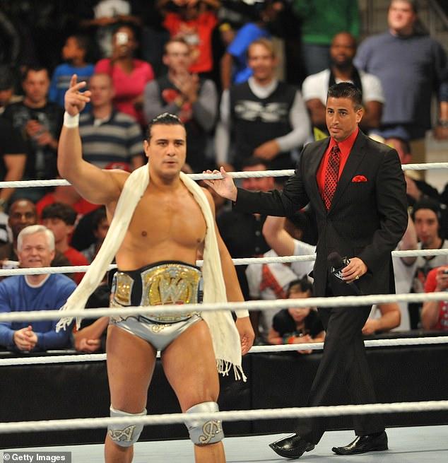 En acción: Del Rio ha estado compitiendo en el roster principal de WWE de 2010 a 2014. Sus nombres incluyen a John Cena, Batista y Roman Raines.
