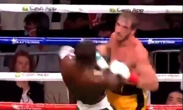Los fanáticos del boxeo afirmaron que Mayweather pudo haber lanzado la pelea contra la estrella de las redes sociales
