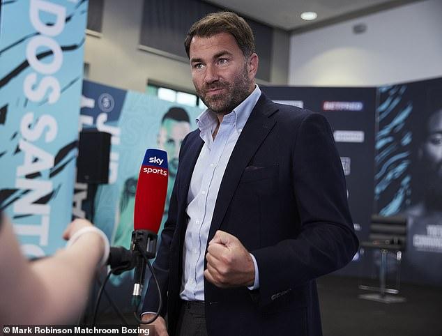 El promotor Eddie Hearn confirmó a principios de esta semana que Joshua firmaría un acuerdo esta semana.