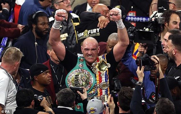 Desde su debut en la WWE, Fury se ha convertido una vez más en campeón de peso pesado.